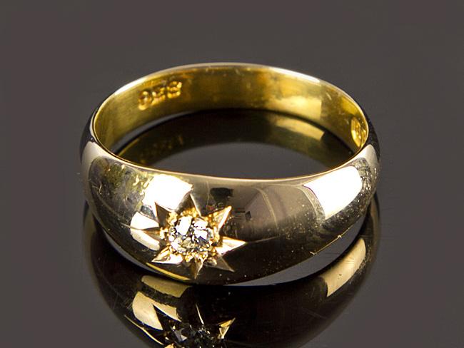 Gold gypsy earrings uk