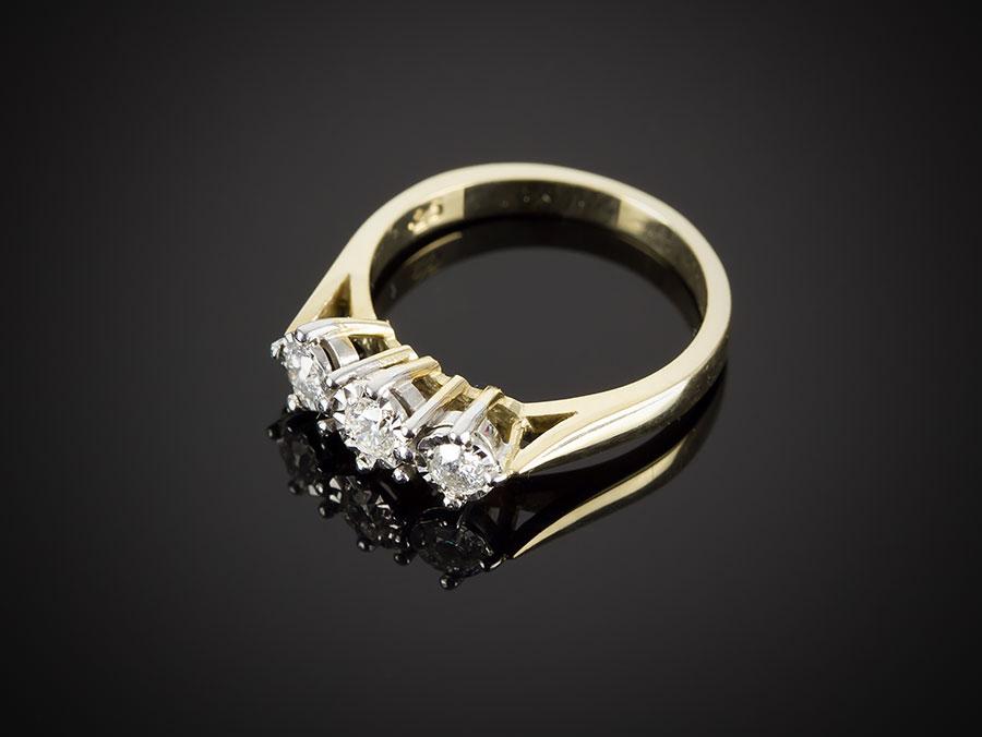 9 carat gold 3 engagement ring 0 25ct ebay