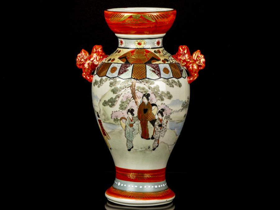 C1880 Japanese Kutani Hand Painted Signed Baluster Vase Ebay