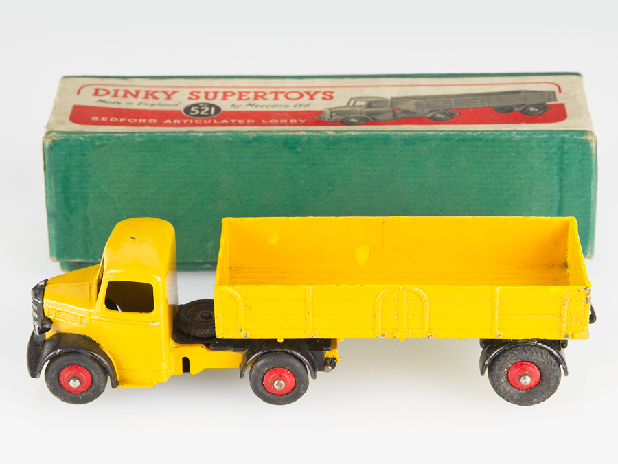 Dinky Toys Meccano 521 Bedford Articulated Lorry And Box